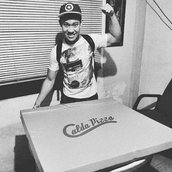 Show your true colors by craving Calda Pizza all week. Visit now your nearest #CaldaPizzaCDO branch:  LAPASAN:  (Beside Playboy Barber Shop) 858-9669 • 0923-3012-555  XU-CORRALES:  (in front of Xavier University) 0922-7238-230  PUEBLO:  (Xavier Estates, Upper Balulang) 0917-3223-899 #everydaycalda #pizza