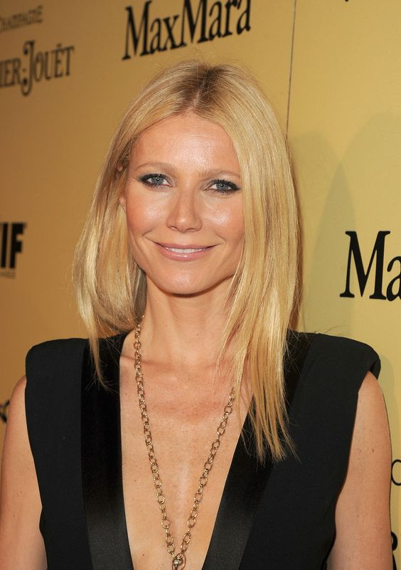 Get the Look: Gwyneth Paltrow's Glowing Skin http://www.beautysnob.com/2013/02/get-the-look-gwyneth-paltrows-glowing-skin.html