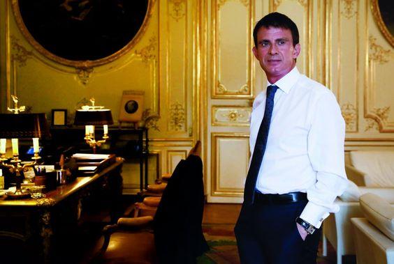 C'est son heure, son moment. Jamais la ligne de fermeté républicaine de Manuel Valls n'a été autant en phase avec le pays face à la menace terroris...