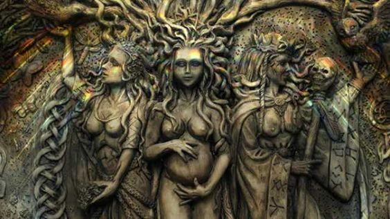 Donzela, Mãe e Anciã na psique feminina