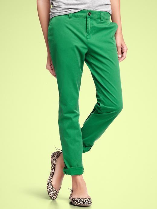 Green straight khakis cuffed. Yes.
