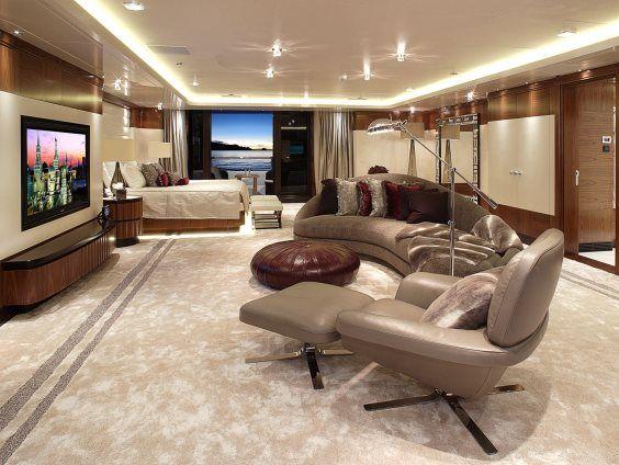 The Vicky yacht