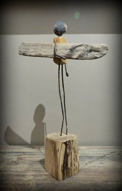 Bruno Mutoz Mottais'衝浪衝浪者雕塑雕像Weblink:http://mutozinc.blogspot.fr/ Facebook Page:https://www.facebook.com/Mutozincboisflottes