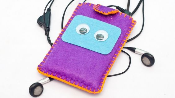 How To Create a Cool iPod Classic Case - DIY Technology Tutorial - Guidecentral