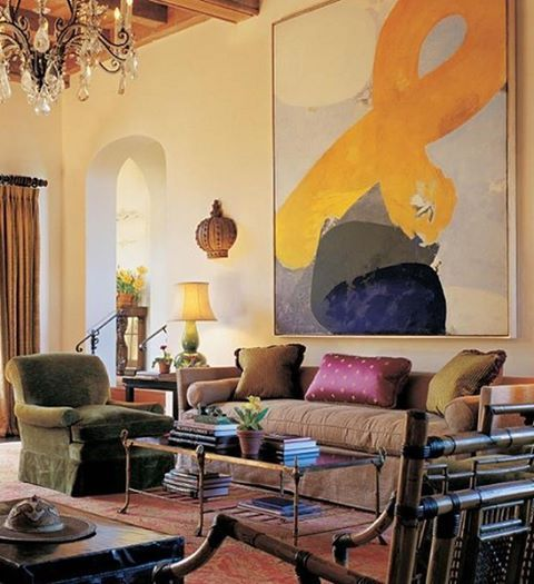 The power of art as seen in this design by @katieridderinc. What's not to love about this art-centric space!