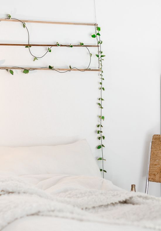 Diy une suspension verte murale en t te de lit for Plante verte murale