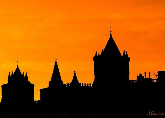 silhueta de cidade medieval - Pesquisa Google
