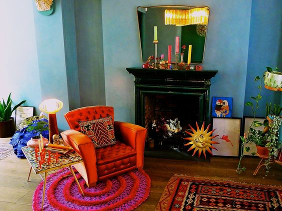Step inside the home of London-based pencil hoarder and illustrator Katie Halil, aka What Katie Drew…