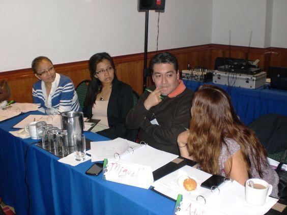 En el transcurso del curso los asistentes presentaron sus dudas para que el ponente los apoyara con la resolución de las mismas.