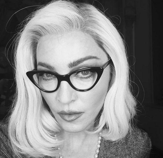 Pin for Later: Toutes les Stars Que Vous Devriez Suivre Sur Instagram Madonna Suivez Madonna: madonna