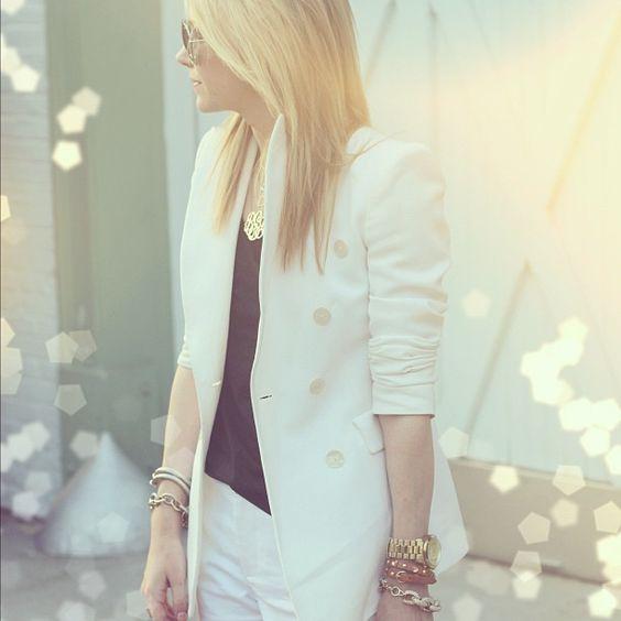 <3 white blazer..
