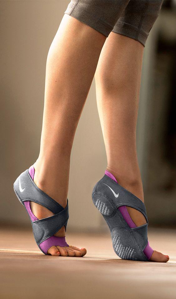 Os meus novos e lindos sapatinhos de yoga :)  <3 <3 <3 <3 Nike Studio Wrap.