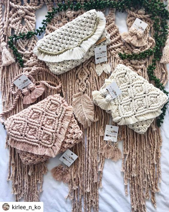 Macrame purses @kirlee_n_ko boho bag babes by @kirlee_n_ko! These mini clutches make great gift ideas for the holidays.🎄🎅🤶 A little bit of knotted love for someone special! How about those knotted Kirlee & Ko earrings for that little something extra🤗 .