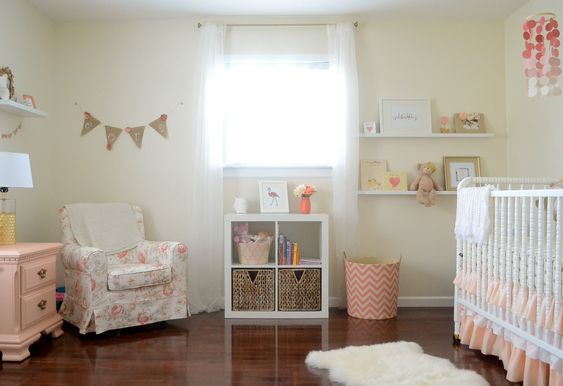 This adorable shabby chic coral and gold nursery was daddy-designed! #nursery: Shabby Chic Nursery Decor, Baby Girl Rooms, Wall Color, Girls Room, Girl Nursery Shabby Chic, Baby Room, Baby Girls, Baby Nursery, Nursery Basket