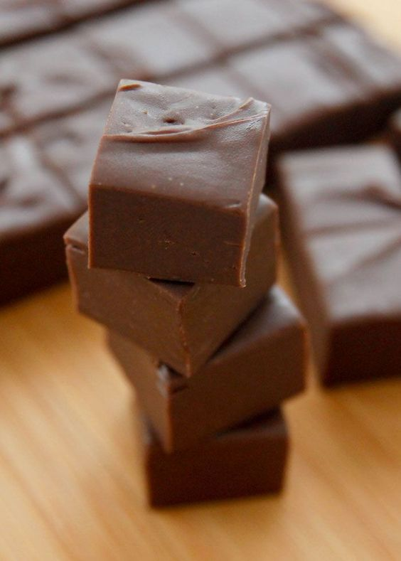 Just 3 minutes and 3 ingredients to rich, creamy fudge that will melt in your mouth!