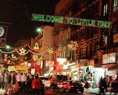 little italy: Christmas Time, Nyc Christmas, Seasons Christmastime, Christmas Cheer, Little Italy, New York, Christmas In Nyc