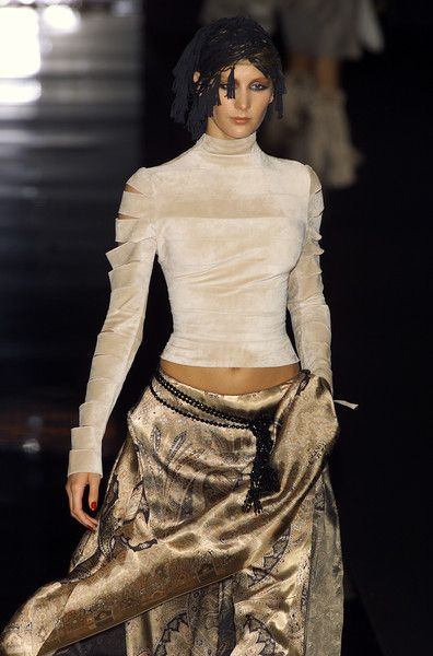 Jean Louis Scherrer at Couture Fall 2001