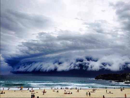 Quando lo tsunami viene dal cielo
