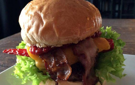München // Holy Burger - RAWR BRGR