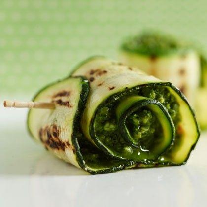 I love summer veggies! //Grilled Zucchini with Parmesan Pesto Recipe