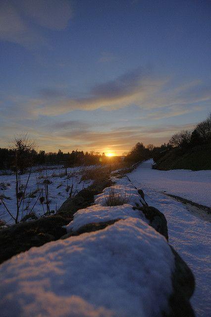 Peterculter Sunset by Derek666, via Flickr