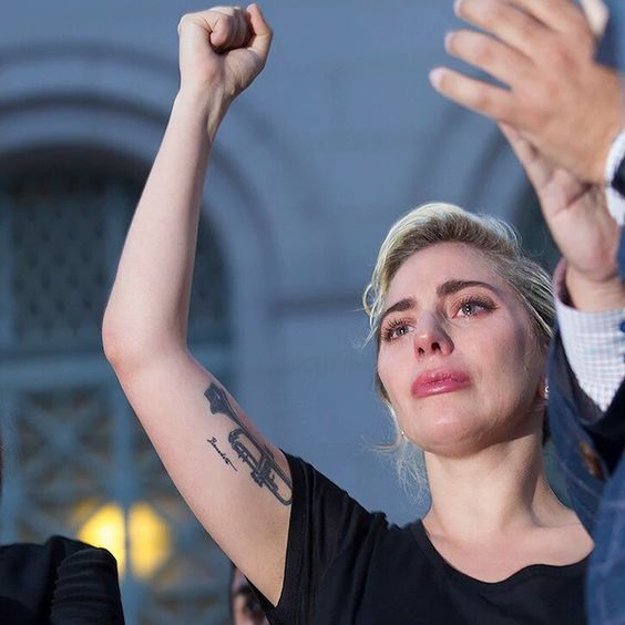 Lady Gaga To Play Show For Democratic National Convention - http://oceanup.com/2016/06/29/lady-gaga-to-play-show-for-democratic-national-convention/