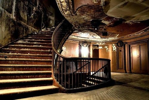 Abandoned Mansions for Sale Discount | color pictures: 1d1d1d color pictures: 363636 color pictures: 36401a ...