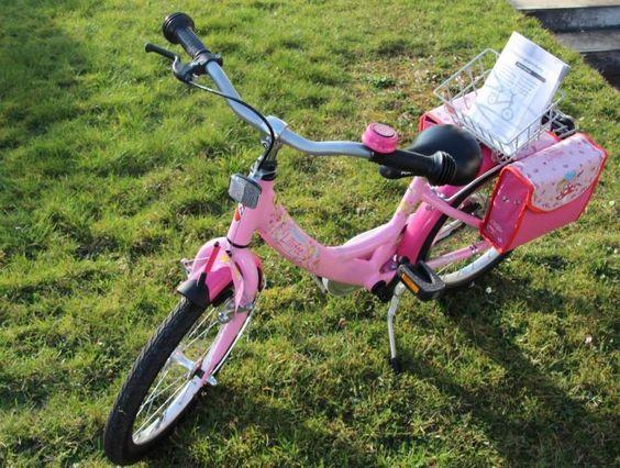 Hallo, wir bieten hier ein Puky Kinderrad für Mädchen, in der Lillifee Edition in 18 Zoll, zum Kauf an. Das Rad ist vor 2 Jahre neu gekauft worden und wir verkaufen es da es für unsere Tochter zu klein geworden ist. Es ist in einem sehr guten Zustand. Die vorhandenen Schäden sind auf den Bildern zu sehen.Weiterhin verfügt es über ein Batteriebetriebenes Rücklicht der Marke Busch und Müller. Wir haben es umgebaut damit eine bessere Sichbarkeit bei Dämmerung gegeben ist. Das Rad hat einen…