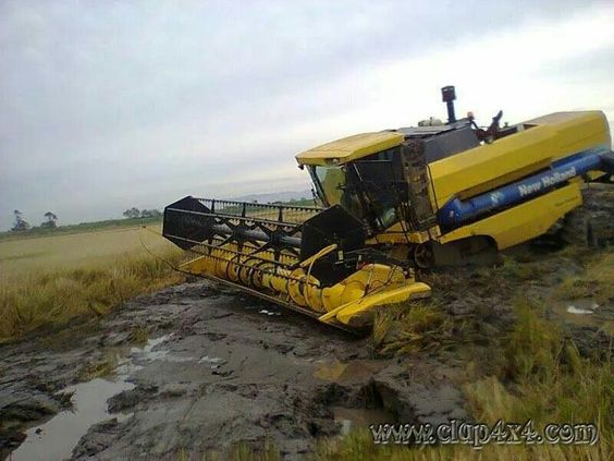 New Holland combine in bother!