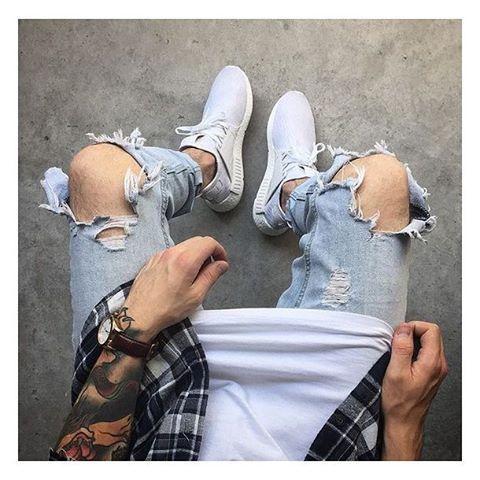 Calça Jeans Masculina: 3 modelos que estão em alta pro Verão 2017,  moda masculina, sneaker, men style, men street style, tendências masculinas, look masculino, moda para homens,