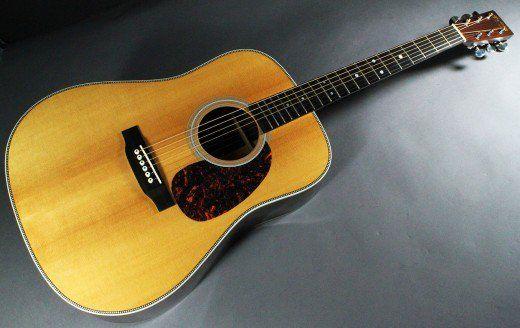 The Martin Hd 28e Retro Series Vs The Taylor 810e Guitar Acoustic Electric Guitar Martin