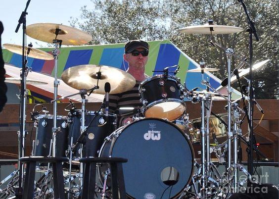 Drummerworld: Rick Latham