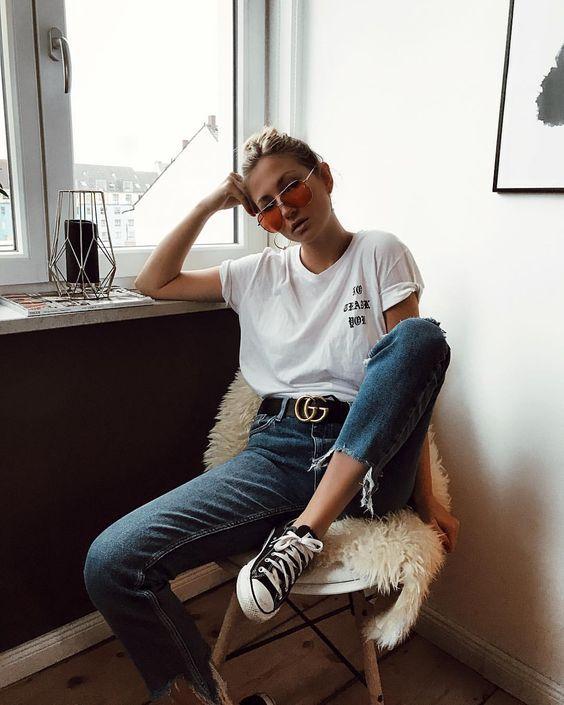 Jeans, camiseta branca e all star. #LookCasual #LookEsportivo