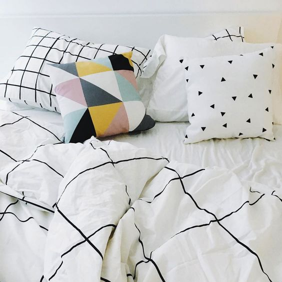 Modern minimalist bedding Grid Black Duvet Cover with Graphic Pillows! <3