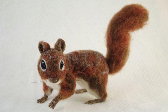 Nadel Gefilzte Eichhörnchen von BearyExtraordinary auf Etsy