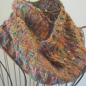 Free Knitting Pattern For Eyelet Cowl : Eiffel Tower Eyelet Cowl Free pattern, Wraps and Yarns