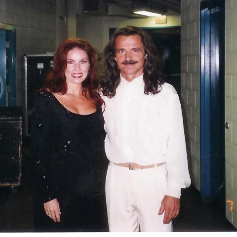 yanni and linda evans pictures - Pesquisa Google | Yanni's ...