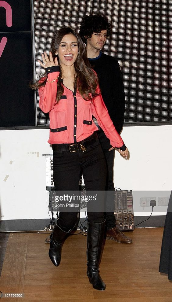 Victoria Justice From The Hit Tv Show Victorious Meets Fans And Signs Copies Of Her New Album, Dvd And Game At Hmv Oxford Street, London.
