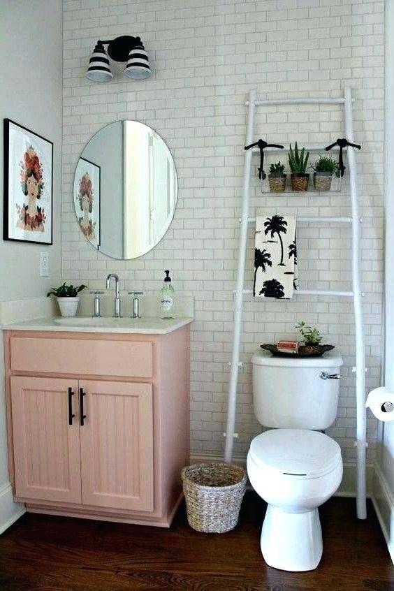 Cute Bathroom Decorating Themes Lanzhome Com In 2020 Bathroom Decor Apartment Apartment Decorating Rental Apartment Bathroom
