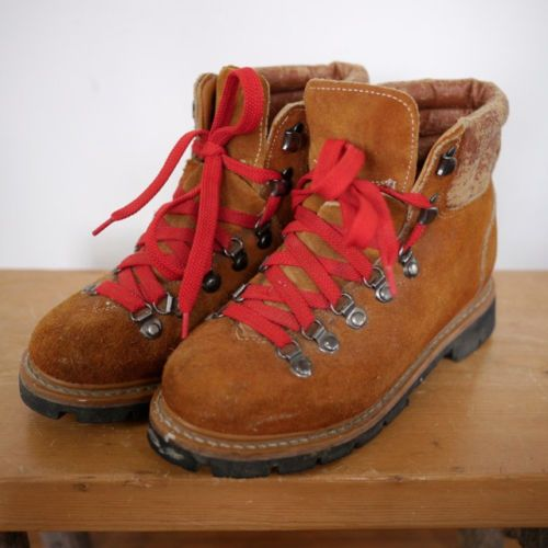mountaineering hiking boots women and boots on pinterest