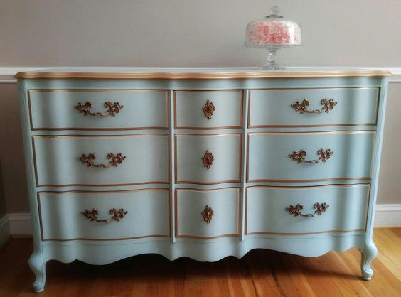French Provincial Love, Annie Sloan Provence, Florence & Old White Custom Mix with Gold Gilding. Bella Pittura ~