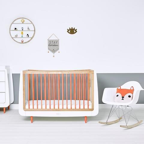 Hochwertige Schone Babyzimmer Online Kaufen Kidswoodlove In 2020 Babybett Wandregale Kinderzimmer Babybetten