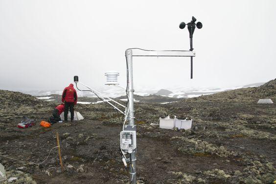 Estación en la #Antartida. Estudios de la Dra. Angela Casanova (Universidad de Concepción) con equipos de Unisource.