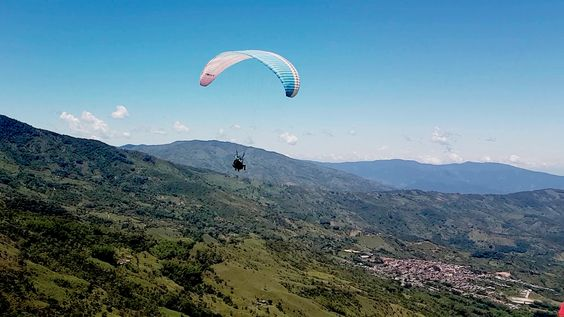 STUNNING ATV 1HR + AWESOME PARAGLIDING from Medellin - Image 8