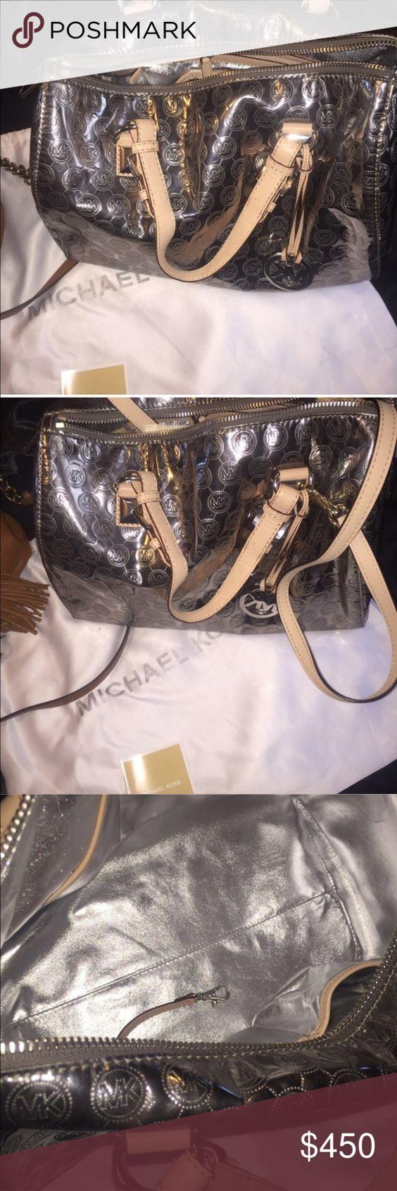 MICHAEL KORS Libe new. W/out tags. Michael Kors Bags