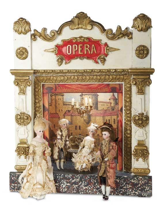 De Kleine Wereld Museum of Lier: 124 Petite French 19th Century Opera with Rare Theatre Dolls