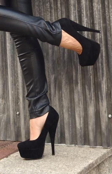 Black heels. Must have for the perfect wardrobe