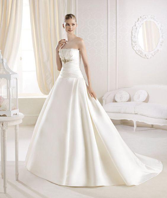 La Sposa apresenta o vestido de noiva Ialeel da Coleção Glamour 2014.   La Sposa