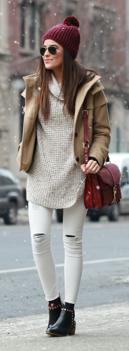 Not big on white pants but I love the sweater/jacket combo. Palette is on point and I live and die for winter hats.: