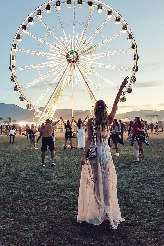 Big Wheel I Coachella | Palm Springs http://www.ohhcouture.com/2017/04/revolvefestival-coachella-palm-springs/ #leoniehanne #ohhcouture